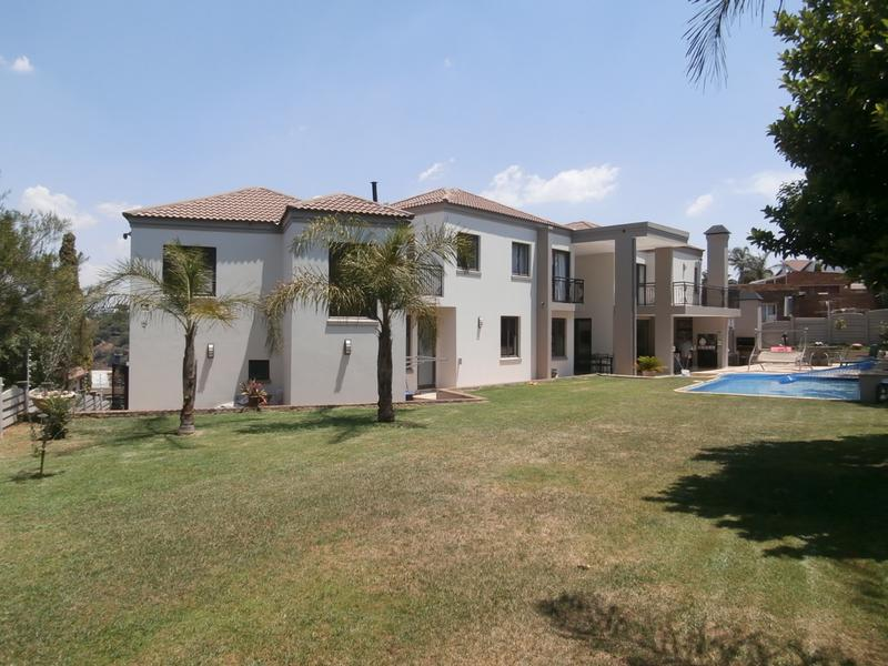 House For Sale in Bassonia, Johannesburg